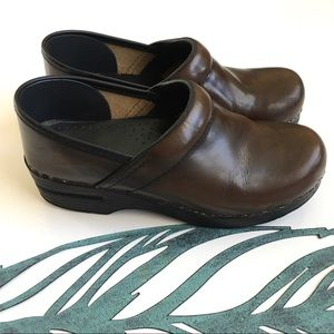 Dansko Brown Leather Professional Clogs Size 38